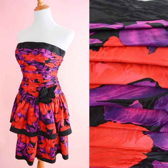 591275c630 Vintage 80s Prom Strapless Floral Party Dress. M 5b9744b7d365be9da416ea89